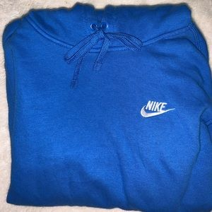 NIKE PULLOVER (BRAND NEW)